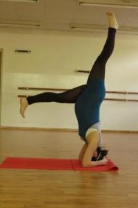 יוגה לנשים בהריון בסניף גבעתיים של יוגה פראנה