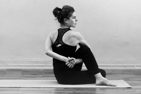 מדריך יוגה למתחילים מומלץ